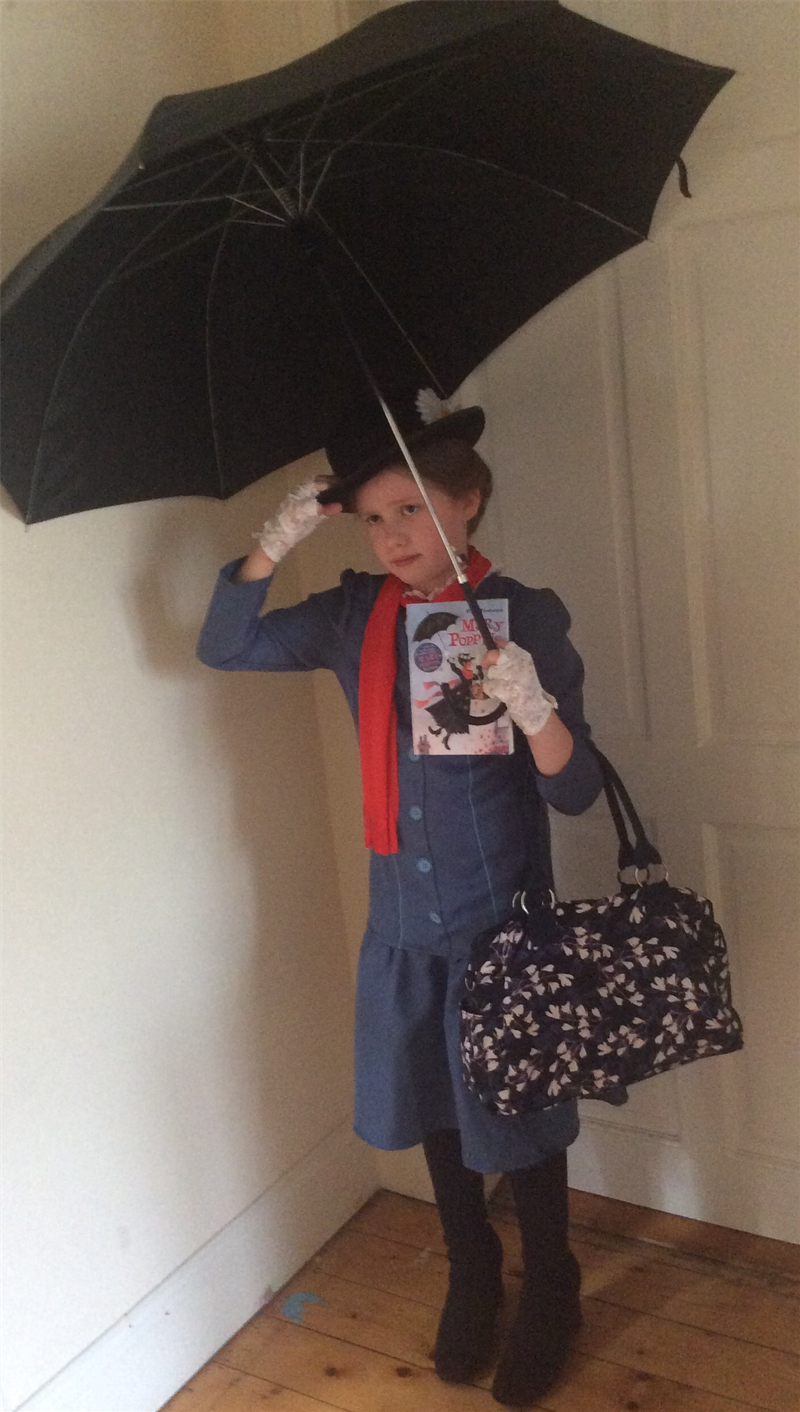 Isabelle Nic an Bhaird - Mary Poppins.png